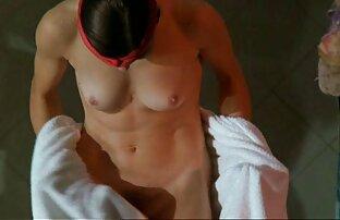 Indian Babe Lily porno film streaming gratuit Bhabhi Jeu de rôle changeant Sari