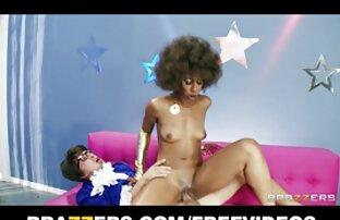 Kayla West se fait défoncer les seins video x gratuite amateur