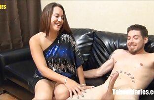 Thickredxxx et amoureux lesbiennes massage sexy gratuit dorées. p2
