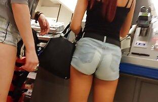 A noite video x gratuite amateur da mini saia