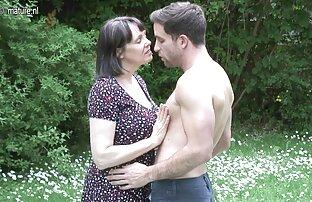 De minuscules video porno gratuit grosse bite filles se font doigter le cul et baiser