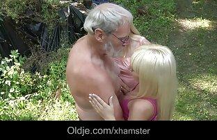 Busty video x gay gratuit Danii Blacks torture des mamelons et serrage à gros seins