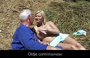 Une blonde en chaleur se fait pilonner la chatte serrée, se fait éjaculer sur sexetaz ses gros seins