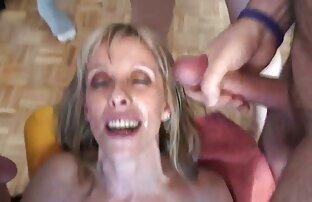 Horny sale blonde montrant son bite agréable compétences film porno streaming gratuit